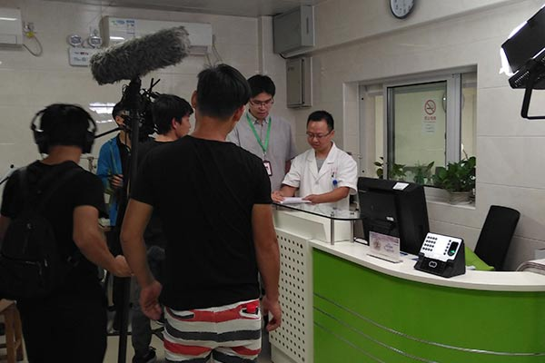 配合中央电视台进行了两天的拍摄
